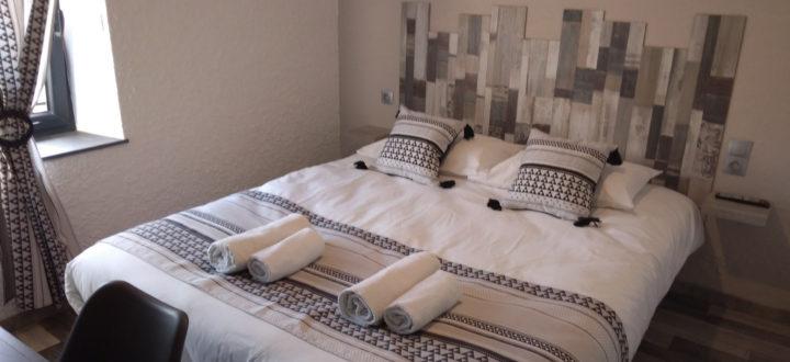 Chambre hotel 2 personnes vogüé Ardèche