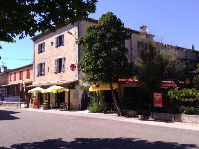 Façade hôtel Ardèche